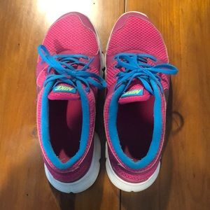 Pink Nike Athletic Shoes size 8.5